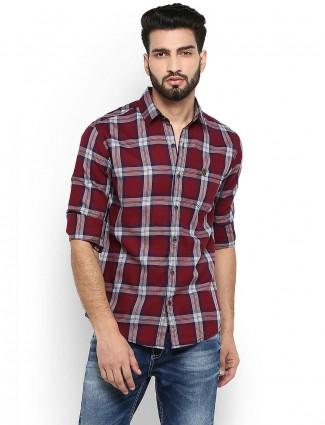 Mufti slim fit maroon color checks shirt
