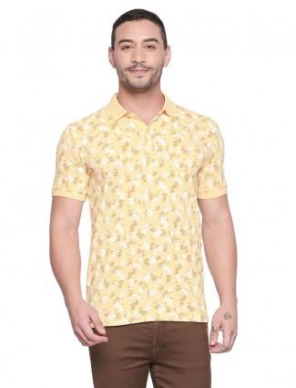 Mufti yellow printed polo neck t-shirt