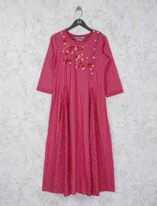 Pink color stripe cotton kurti for casual