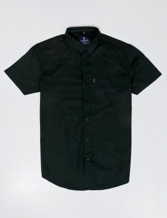 Pioneer slim collar bottle green solid shirt