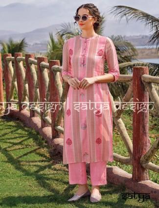 Printed pink cotton casual wear kurti