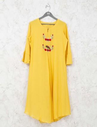 Round neck yellow tunic