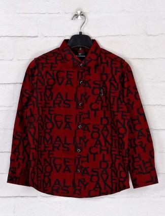 Ruff maroon alphabet printed cotton boys shirt