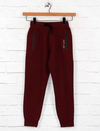 Ruff maroon hued cotton payjama