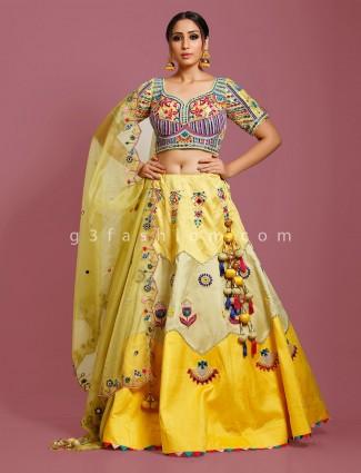 Silk lehenga choli in yellow for wedding fuction