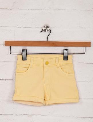 Stilomoda黄色牛仔纯色休闲短裤