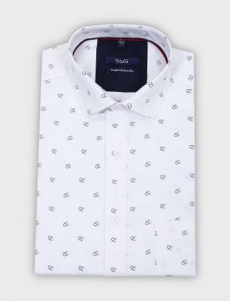 TAG white printed cut away collar shirt