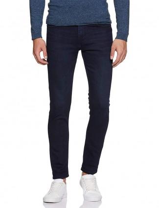 UCB深海军蓝紧身合身牛仔裤