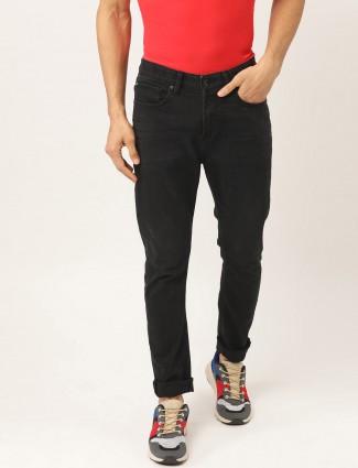 UCB纯色黑色修身牛仔裤