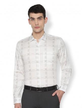 Van Heusen off white checks pattern shirt