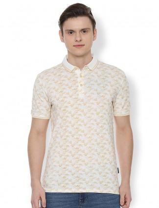 Van Heusen presented cream printed t-shirt