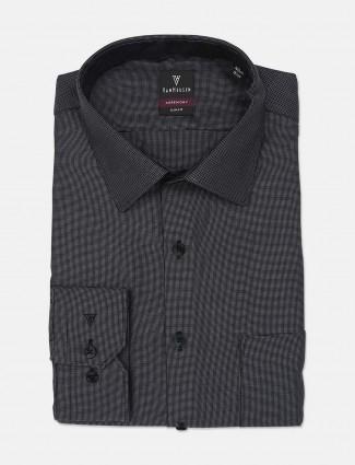 Van Heusen presented dark grey solid shirt