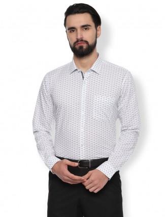 Van Heusen printed white formal shirt