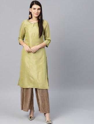 W green color beautiful kurti in brocade fabric