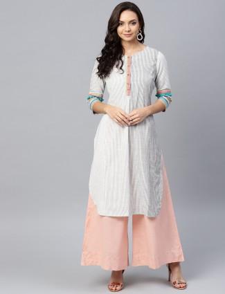 W off white round neck casual wear cotton kurti
