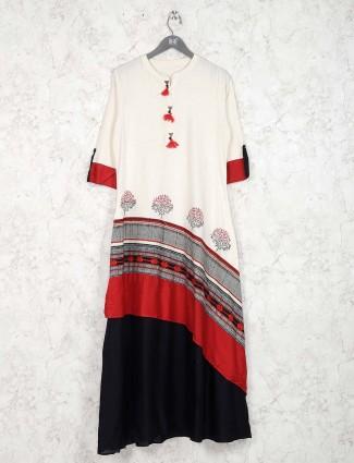White color cotton fabric pretty kurti