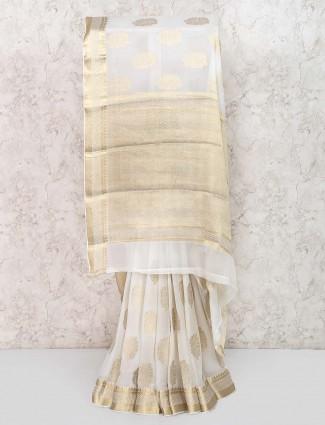 White color simple saree in georgette