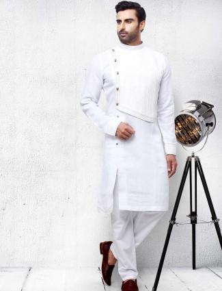 White hue designer solid kurta suit
