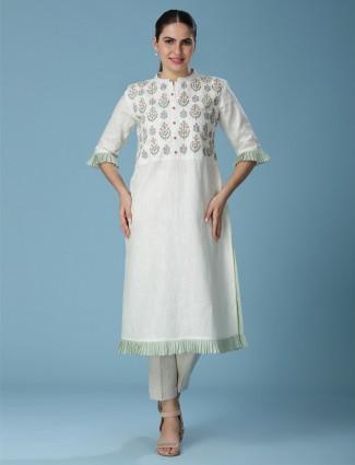White linen thread woven kurti