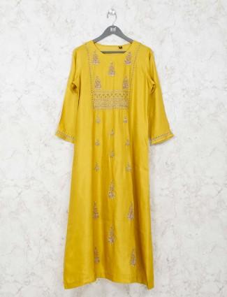Yellow caasual wear kurti in cotton