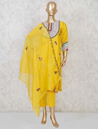 Yellow cotton silk punjabi pant suit in party